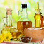 Как выбрать косметическое масло для ухода за волосами
